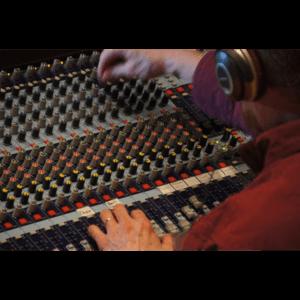 Tìm hiểu xem Mixer là gì ? Và nó có tác dụng gì trong hệ thống âm thanh ?